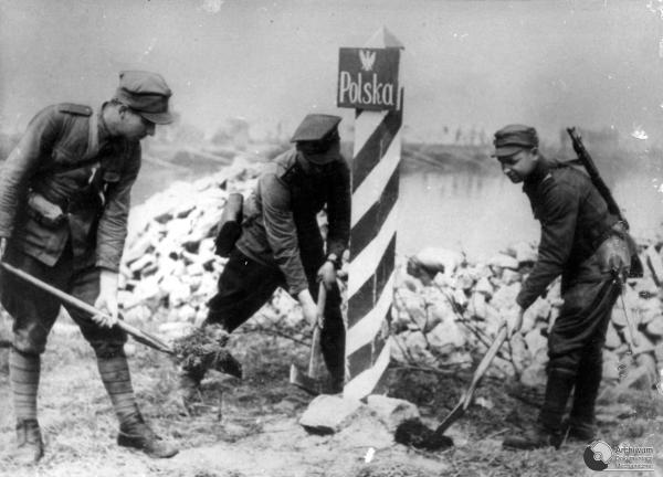 Poland German border 1945