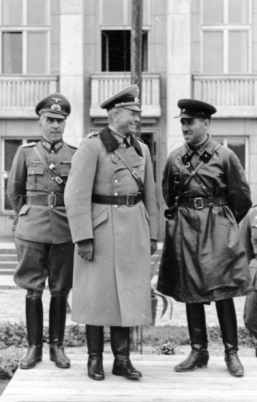 Iwan Sierow - Jak Sowieci tropili przywódców III Rzeszy